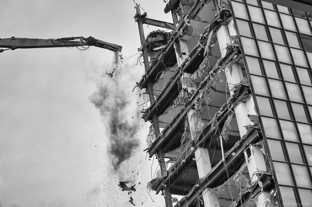 3M building coming down
